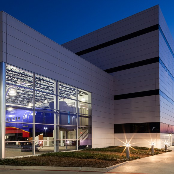 As part of a design-build team with Manhattan Construction, BOKA Powell delivered a 500,000 SF expansion of Southwest Airlines' corporate headquarters at Love Field in Dallas, Texas. The facility features offices, conference space and the carrier's national training center, all designed to foster a unique, collaborative atmosphere for employees. It is also home to a blast-resistant operations command center from which the carrier manages flight operations, scheduling, dispatch, and maintenance for its fleet of nearly 600 aircraft. A situation room provides communications and logistical support during emergency operations. Heightened security measures and the hardening of structural and building systems, including redundant electrical and HVAC, will allow Southwest to maintain uninterrupted flight operations during a wide range of natural disasters and man-caused catastrophes. Programming the facility required extensive coordination among numerous divisions and C-level executives to ensure the building supports day-to-day functionality and accommodates logical adjacencies.