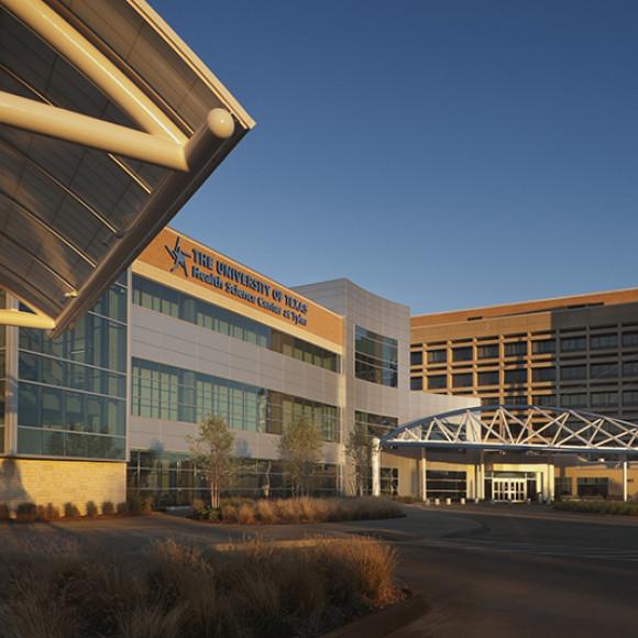 UT Health Northeast | New Academic Center and Cancer Treatment & Prevention Center Aker Imaging